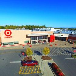 Champlain center mall hours