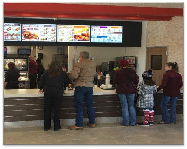 Burger King: 299 Loop 59, Atlanta, TX