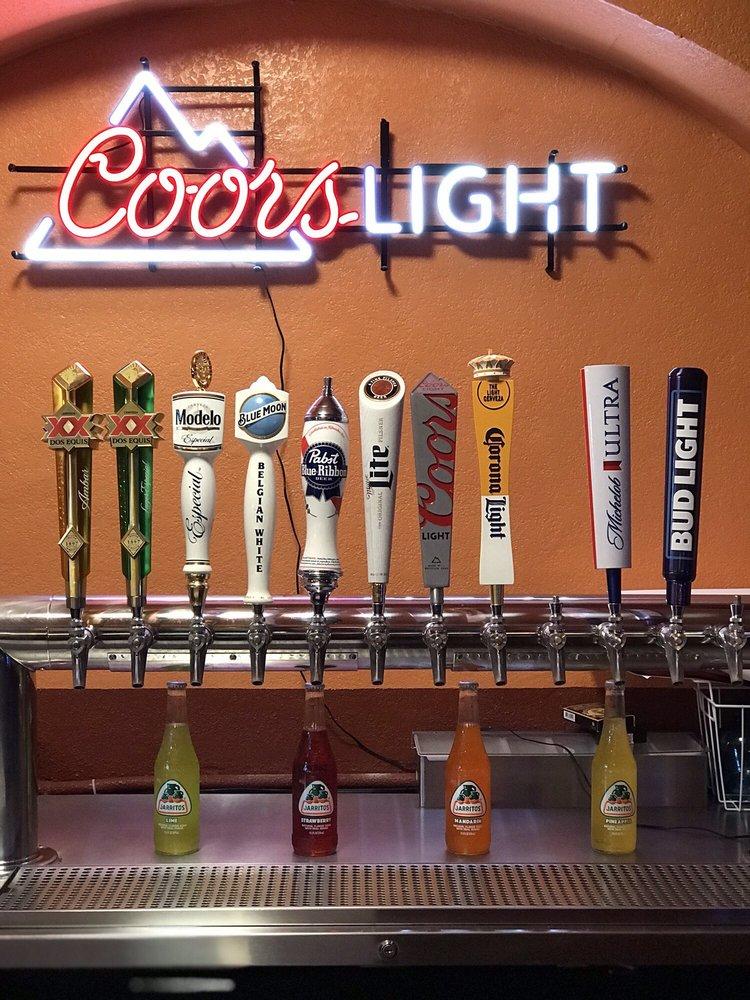Delias Mexican Food: 307 Congress Pkwy S, Athens, TN