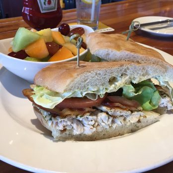 Schooners Coastal Kitchen Bar Monterey Ca