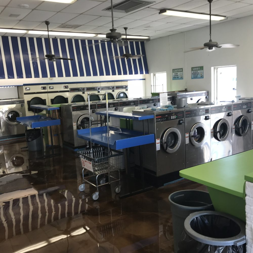 Sunshine Laundry Centers: 2020 6th Ave, Vero Beach, FL