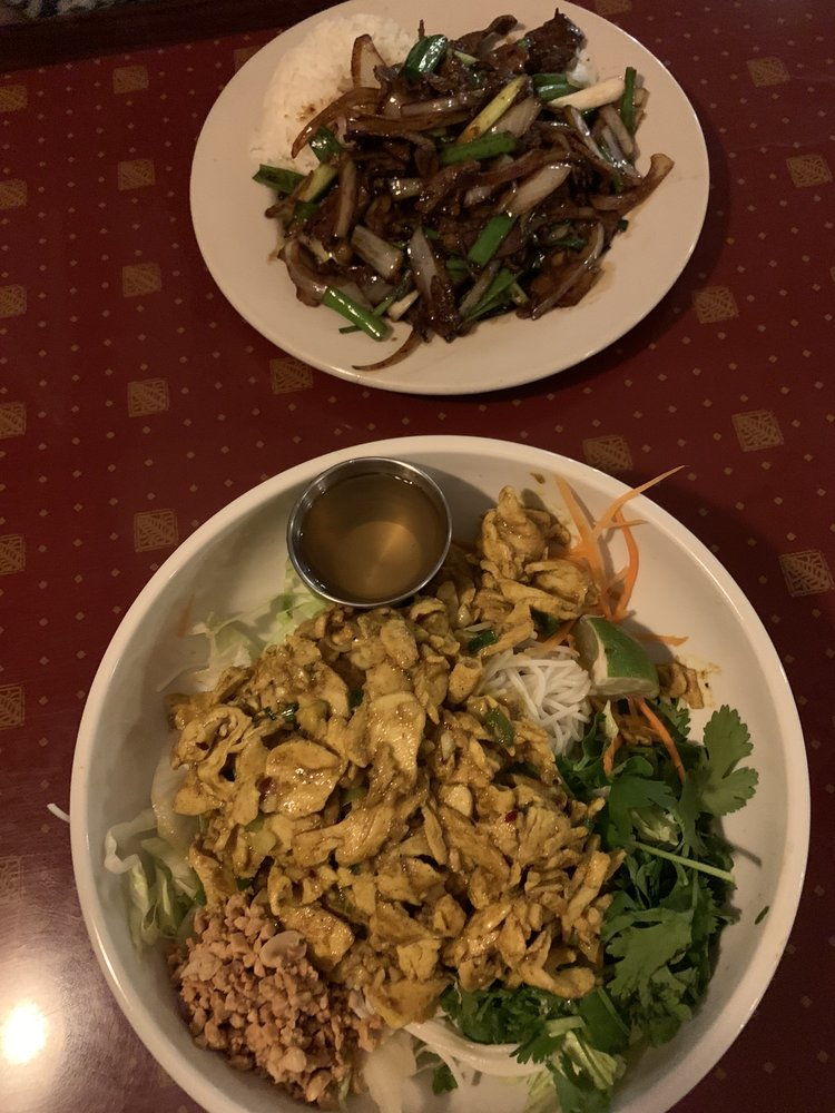 Food from Mekong Cafe