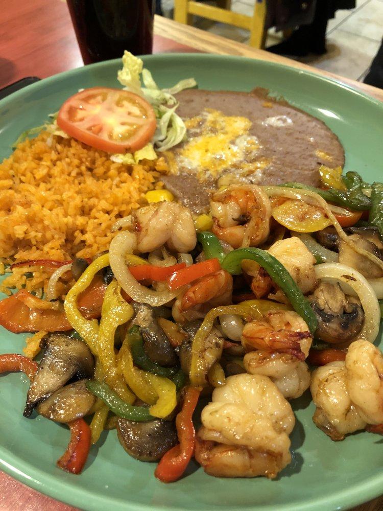 El Sol Family Mexican Restaurant: 129 Harrison St, Oakland, IA