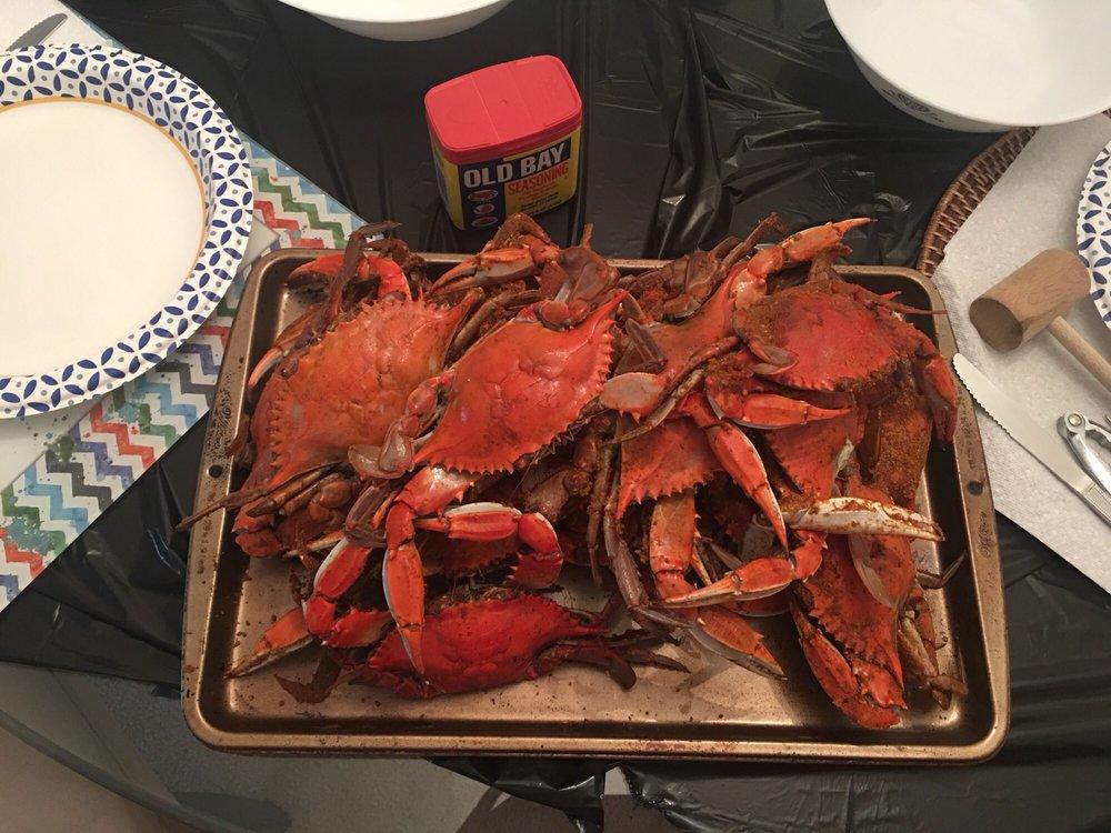 Papa Dents Crabs: 15809 Jefferson Davis Hwy Rte 1, Woodbridge, VA