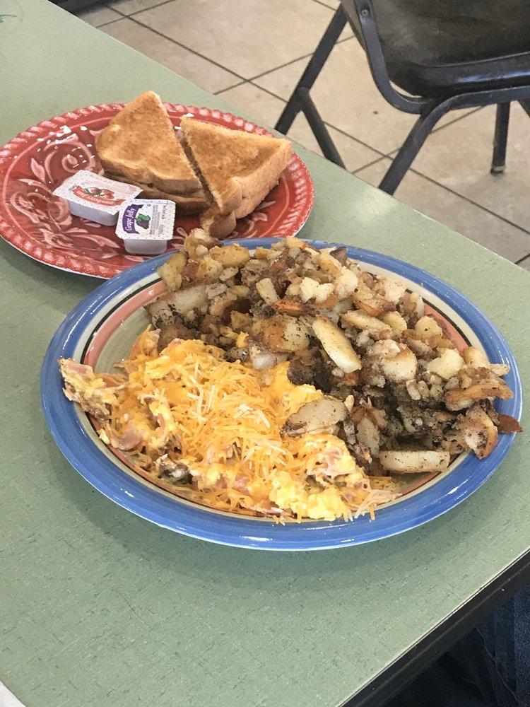 kwicherbichen kitchen: 2613 NE Adams St, Peoria, IL
