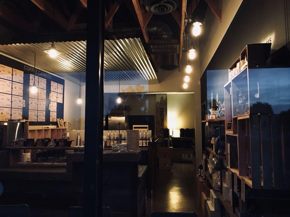 Crate Coffee Market: 44870 W Hathaway Ave, Maricopa, AZ