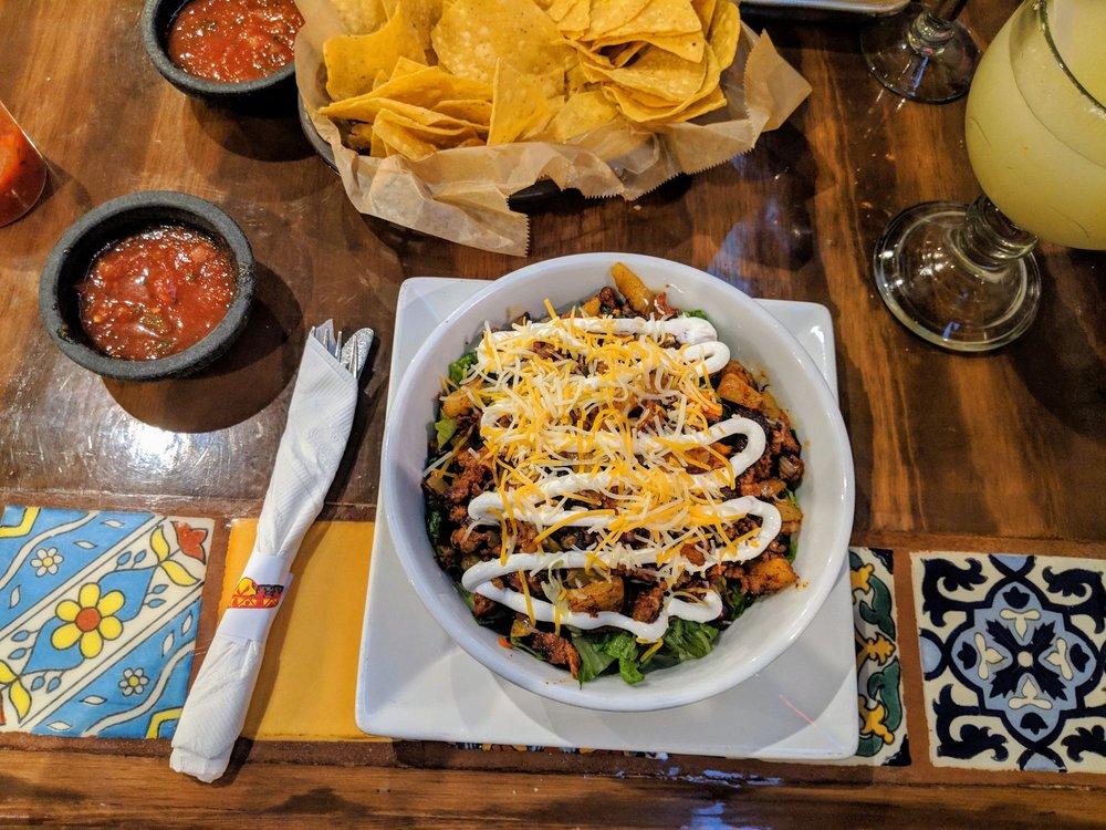 Fiesta Mexican Restaurant: 720 Pacha Pkwy, North Liberty, IA