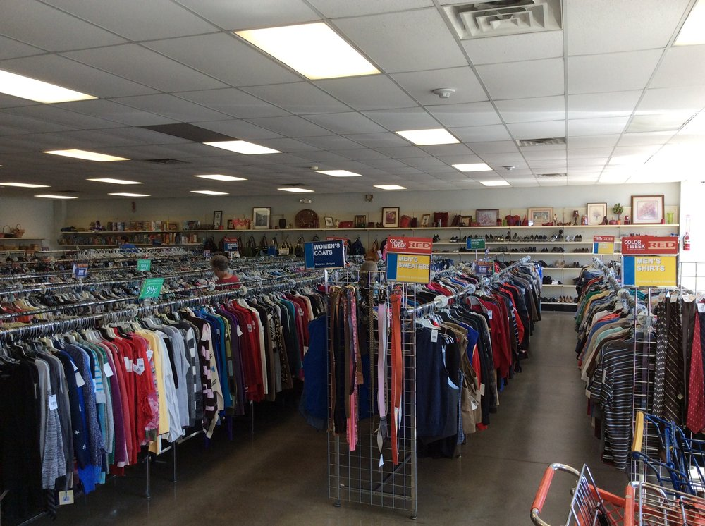 Goodwill Store: 543 Mansfield Dr., Scottsburg, IN