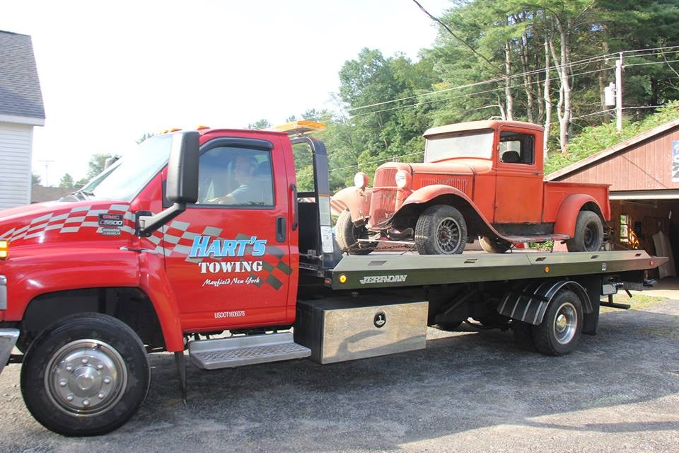 Hart's Towing Service: 201 Beech St, Mayfield, NY