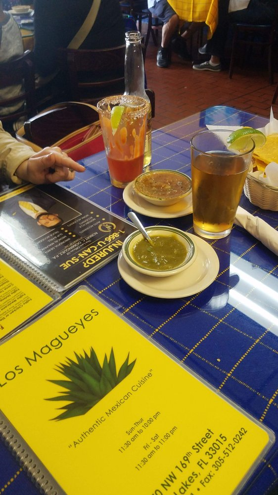 Food from Los Magueyes