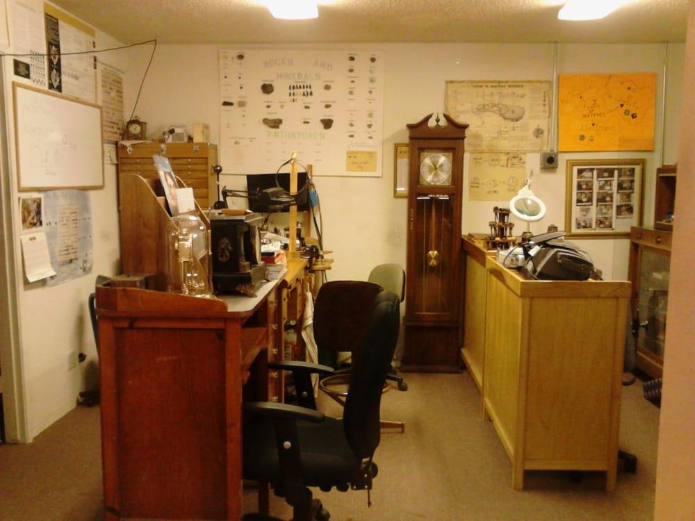 Risch's Jewelers Emporium: 8790 Plata Ln, Atascadero, CA