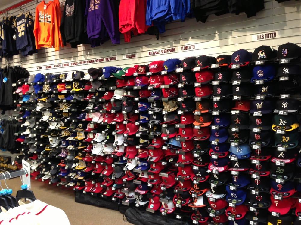 Johnny Mac's Sporting Goods: 3500 S Glenstone Rd, Springfield, MO