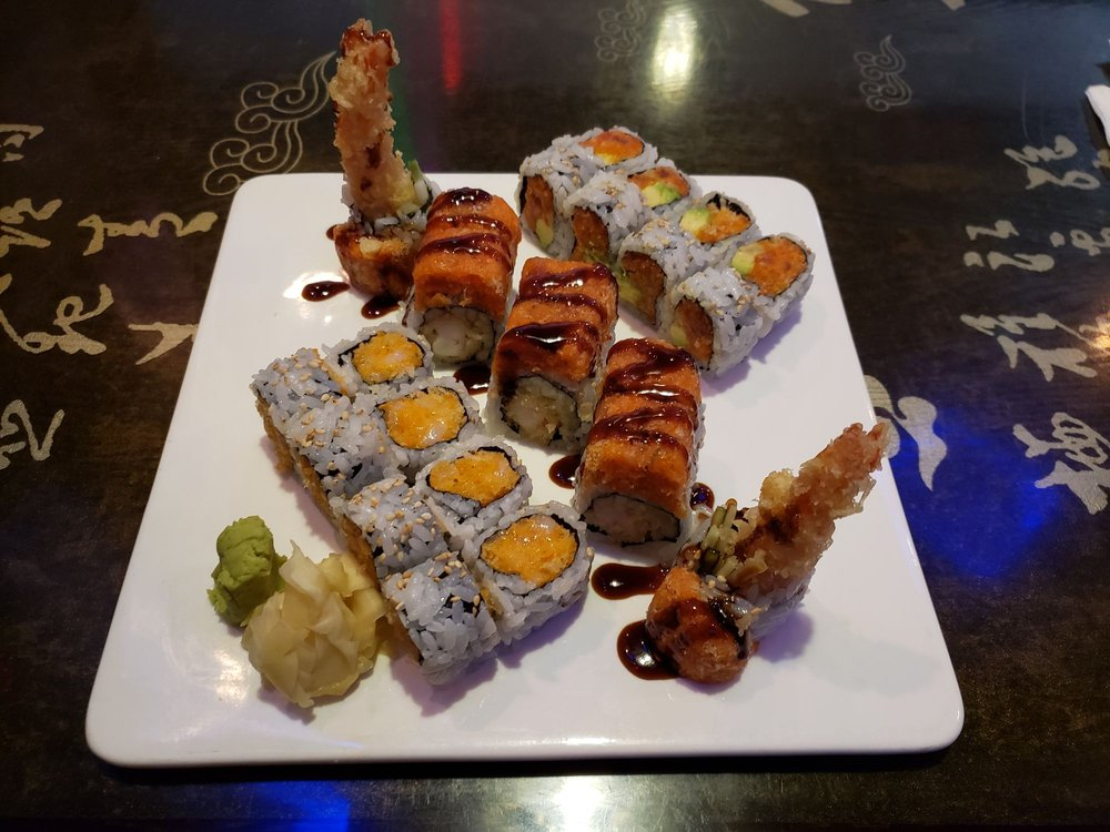 Sakura Japanese Steak House and Sushi Bar: 787 3rd St SW, Winter Haven, FL