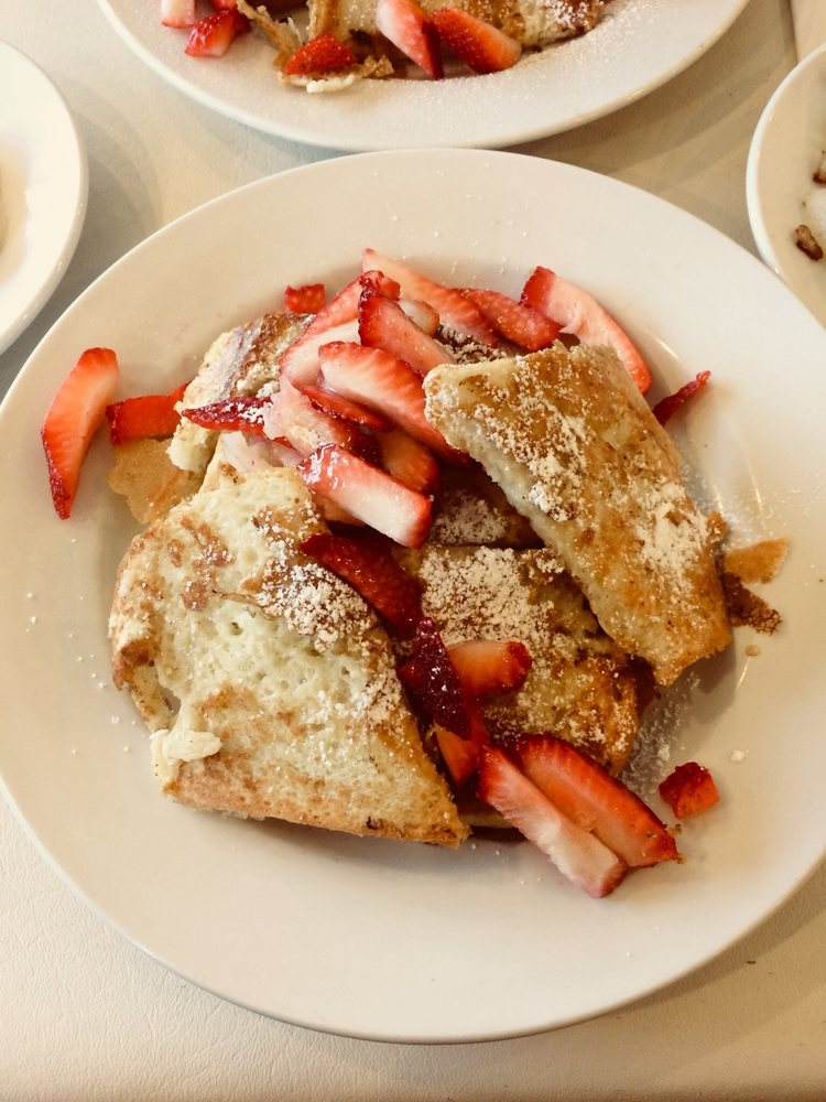 Beverly Bakery & Cafe: 10528 S Western Ave, Chicago, IL