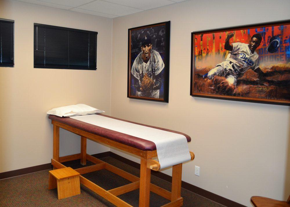 Inland Orthopaedic Surgery & Sports Medicine Clinic: 825 SE Bishop Blvd, Pullman, WA
