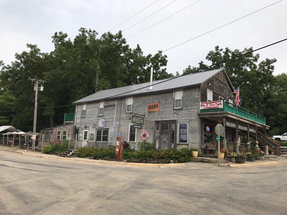 New Diggins General Store & Inn: 2944 Conty Rd W, Benton, WI