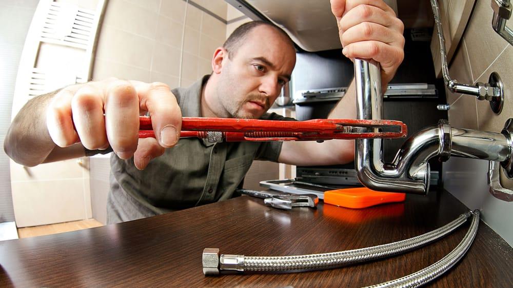 Edwards Plumbing and Heating: 407 N K Ave, Vinton, IA