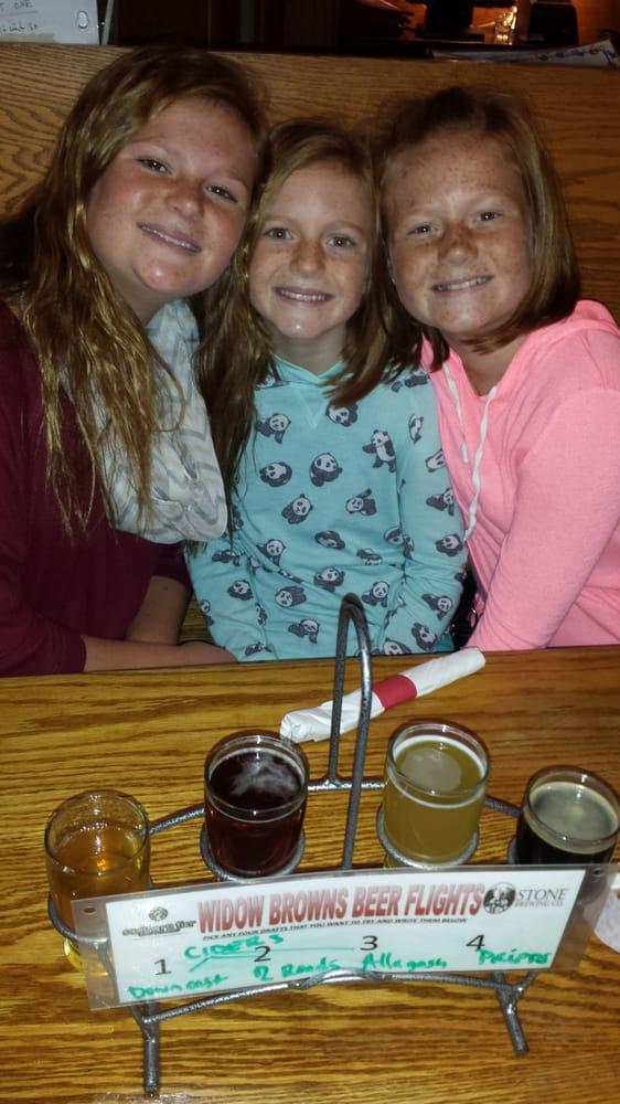 Widow Browns Cafe: 128 Federal Rd, Danbury, CT