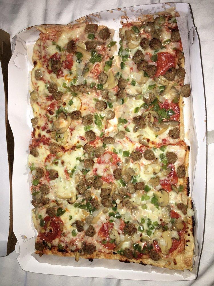 Food from Tasta Pizza