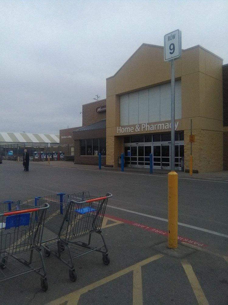 Walmart Supercenter: 5505 W Owen K Garriott Rd, Enid, OK
