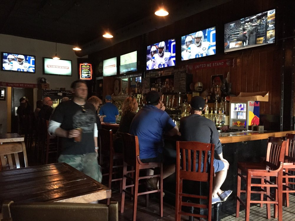 Thomas Magee's Sporting House Whiskey Bar