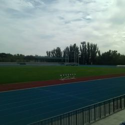 Polideportivo municipal moratalaz piscina municipal for Piscina valdebernardo