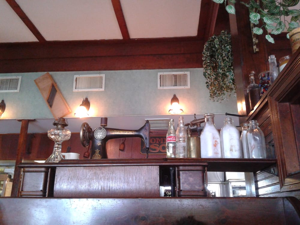 McDonnell's Restaurant: 7 S Main St, Carbondale, PA
