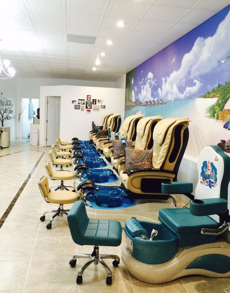 Paradise Nails: 27900 N Main St, Daphne, AL