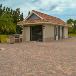 Golden Palms Luxury Motorcoach Resort - 13090 Golden Palms