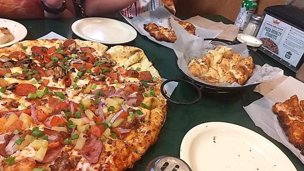 Round Table Pizza Coupons Kennewick.Round Table Pizza 27 Photos 28 Reviews Pizza 3300 W