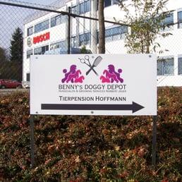Bennys Doggy Depot Animali Domestici H Lzengraben 8a