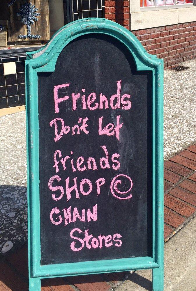 Carolina Closet Boutique: 225 E Washington St, Walterboro, SC