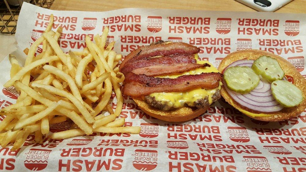 Smashburger: 3735 Choctaw Rd, Durant, OK