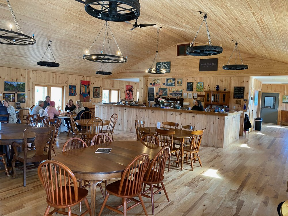 Blue Quartz Winery: 2585 S F T Valley Rd, Etlan, VA