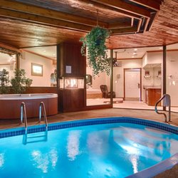 Photo Of Sybaris Pool Suites Mequon Wi United States Paradise Swimming