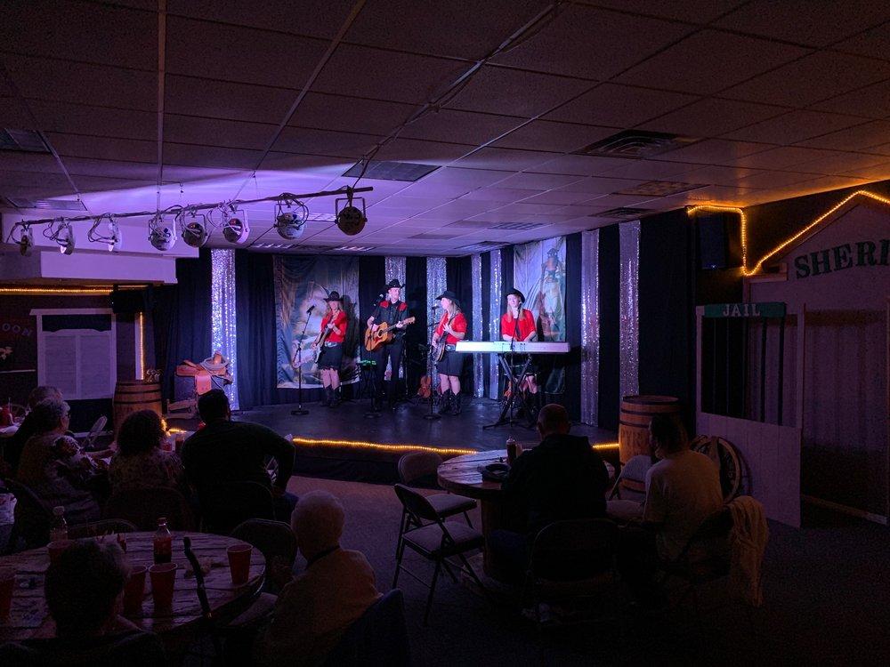 Firelight Barn Dinner Theater