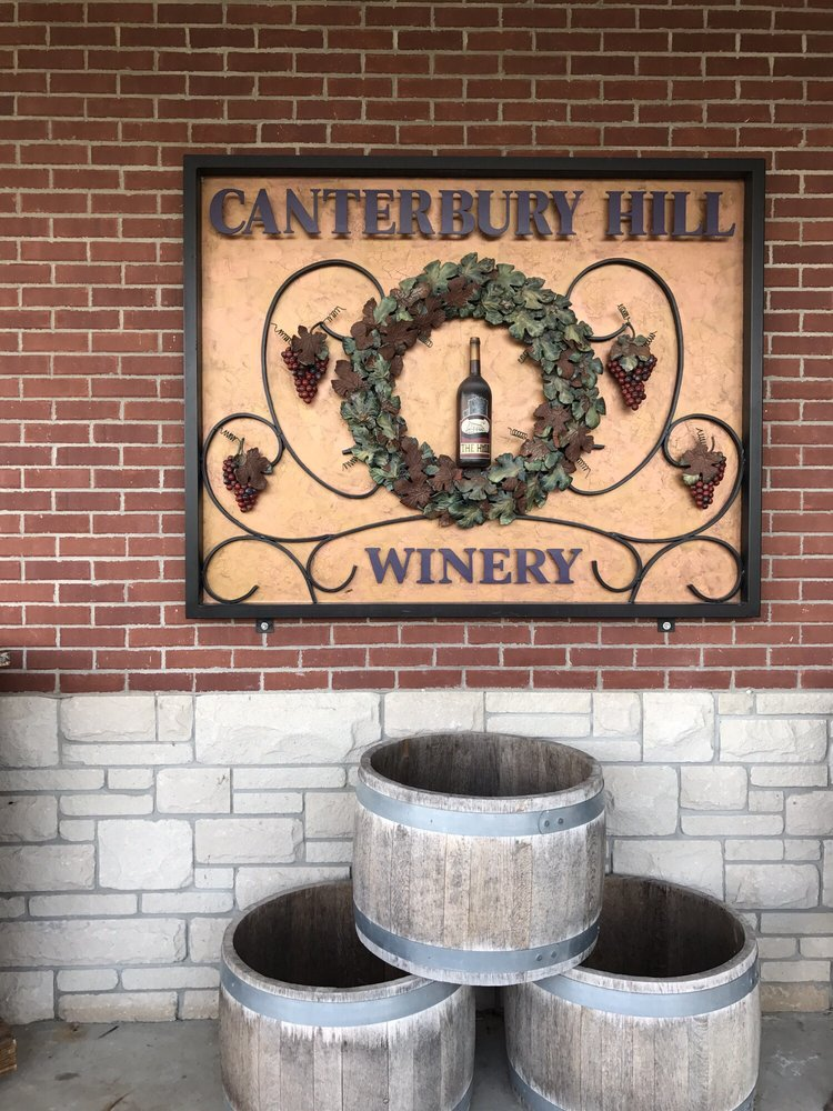 Canterbury Hill: 1707 S Summit Dr, Holts Summit, MO