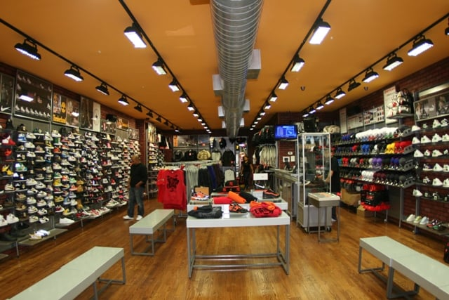 Sport's Lane: 3168 Steinway St, Astoria, NY