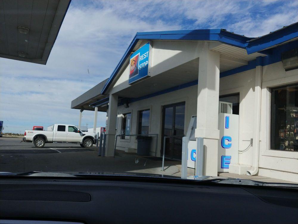 Paradise Chevron: 925 N Main St, Fillmore, UT