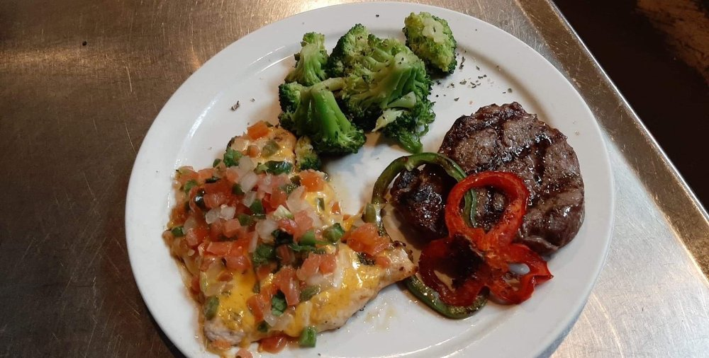 Texas Music City Grill & Smokehouse: 5424 Old Jacksonville Hwy, Tyler, TX
