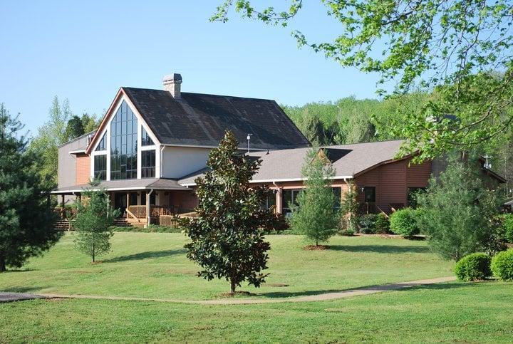 Linden Valley Baptist Conference Center & Camp Linden: 1225 Baptist Camp Rd, Linden, TN