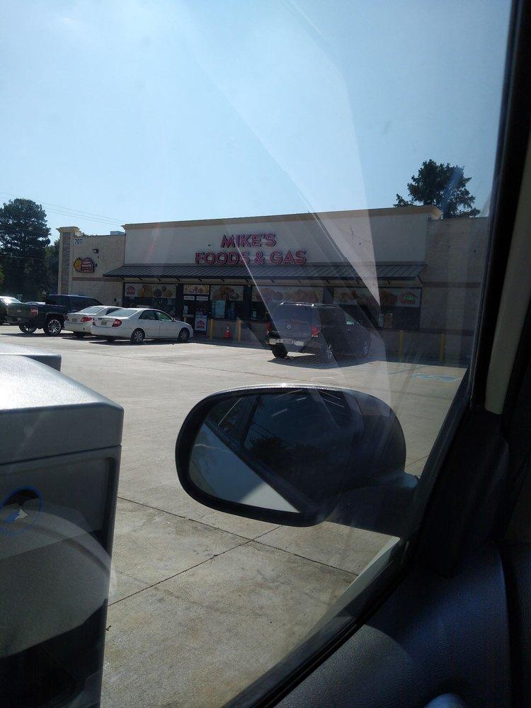 """Mike's Handy Foods """"N"""" Gas: 6520 Hwy 161, Walls, MS"""