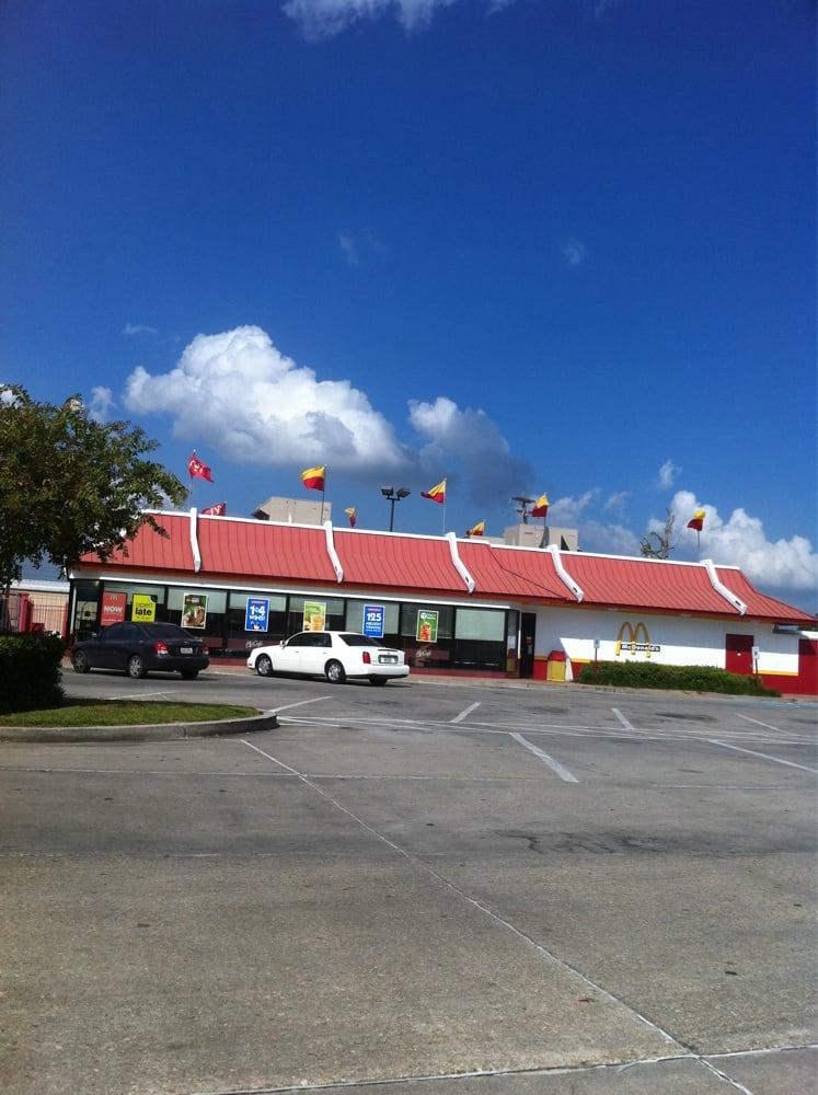 McDonald's: 2020 Main St, St. Martinville, LA