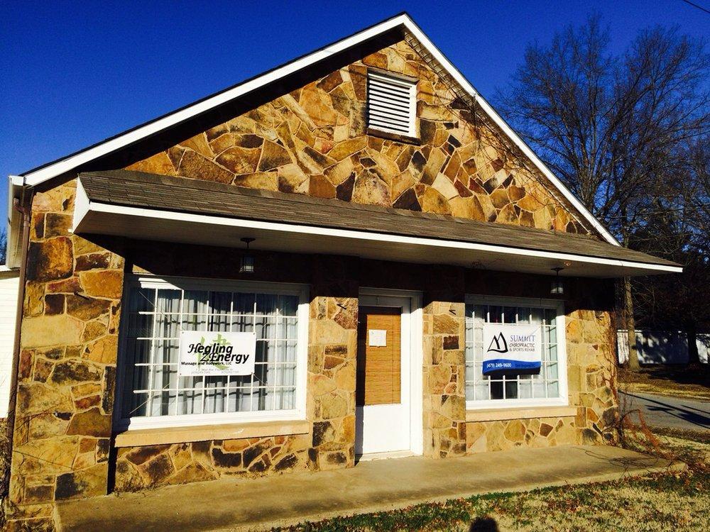 Healing ZEnergy Massage and Bodywork: 1 S Main Ave, Fayetteville, AR