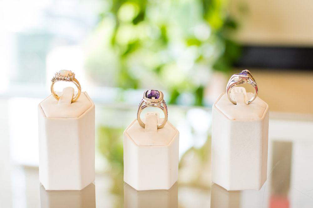 Samantha's Jewelry Design & Repair