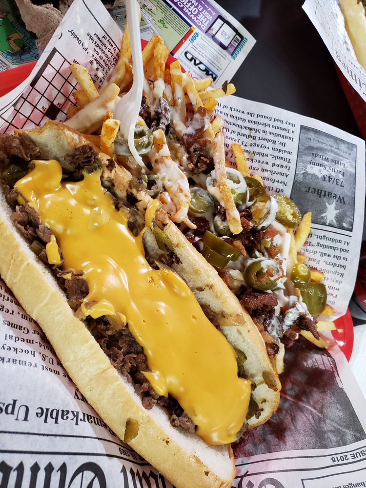 Drac's Cheesesteaks: 203 E Mills Ave, El Paso, TX