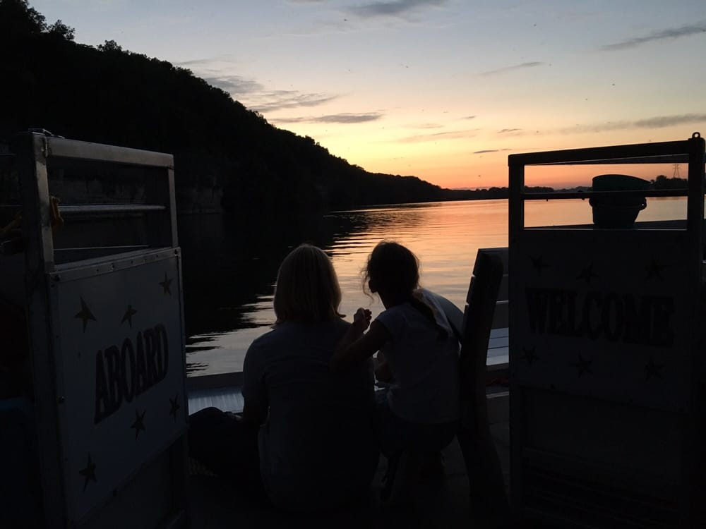 Cumberland River Cruises: 727 Marina Private Rd, Gallatin, TN