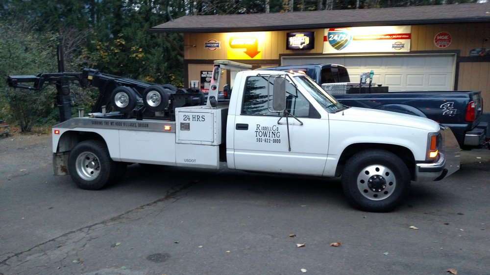 Towing business in Sandy, OR