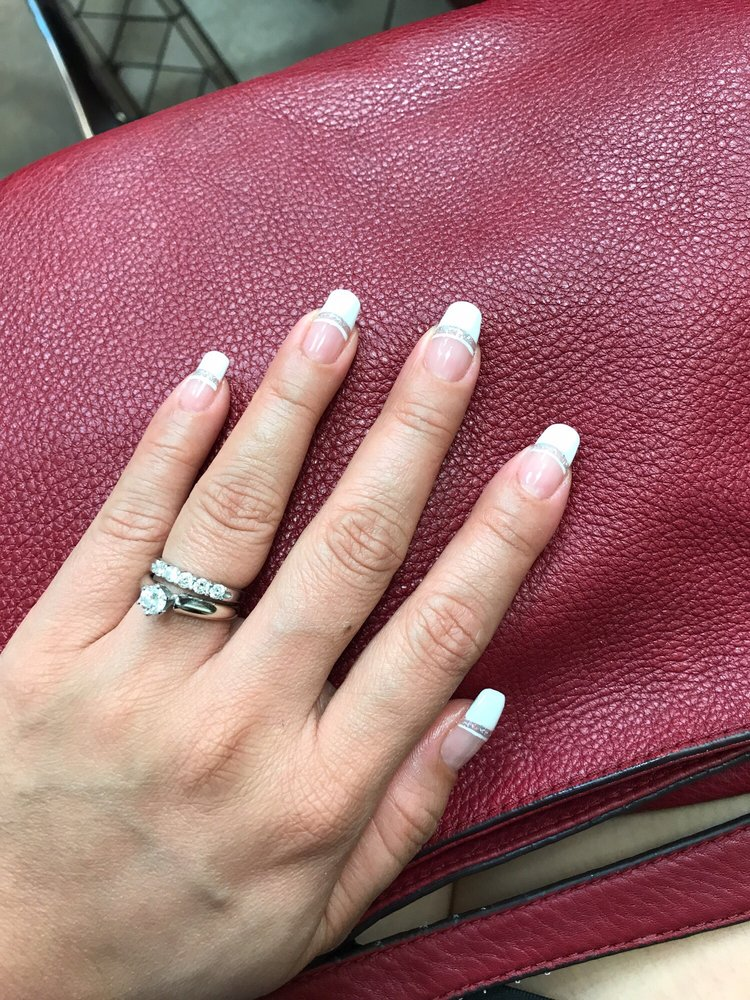 J Cute Nails