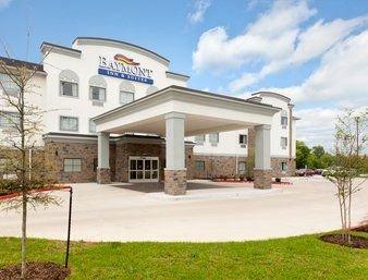 Baymont by Wyndham College Station: 2611 Harvey Road, College Station, TX
